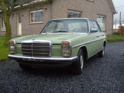 Light green Mercedes W115 240D car photos.jpg