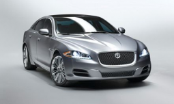 2010 Jaguar XJ car photo.PNG
