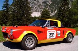 Fiat Abarth 124 GR 4 in bright orange red and yellow.jpg