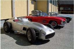 Mercedes Benz racing cars picture.jpg