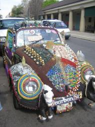 great art works bring out the most unique and funky car look.jpg