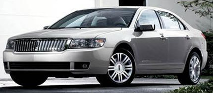 2007 Lincoln MKZ car in silver.PNG