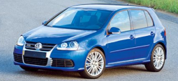 2008 Volkswagen R32 car in bright blue.PNG
