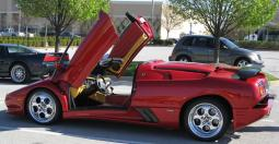a red Lamborghini Diablo MomoCorse car photo.jpg
